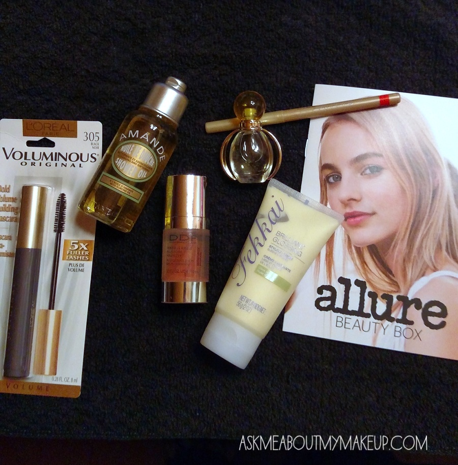 The Allure Beauty Box comes with a handy booklet!